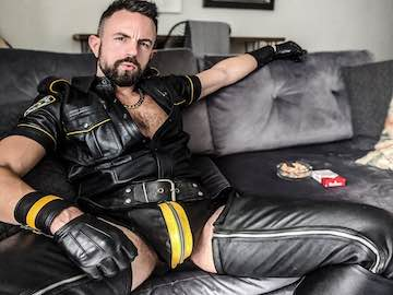 Gay BDSM Cams Chat